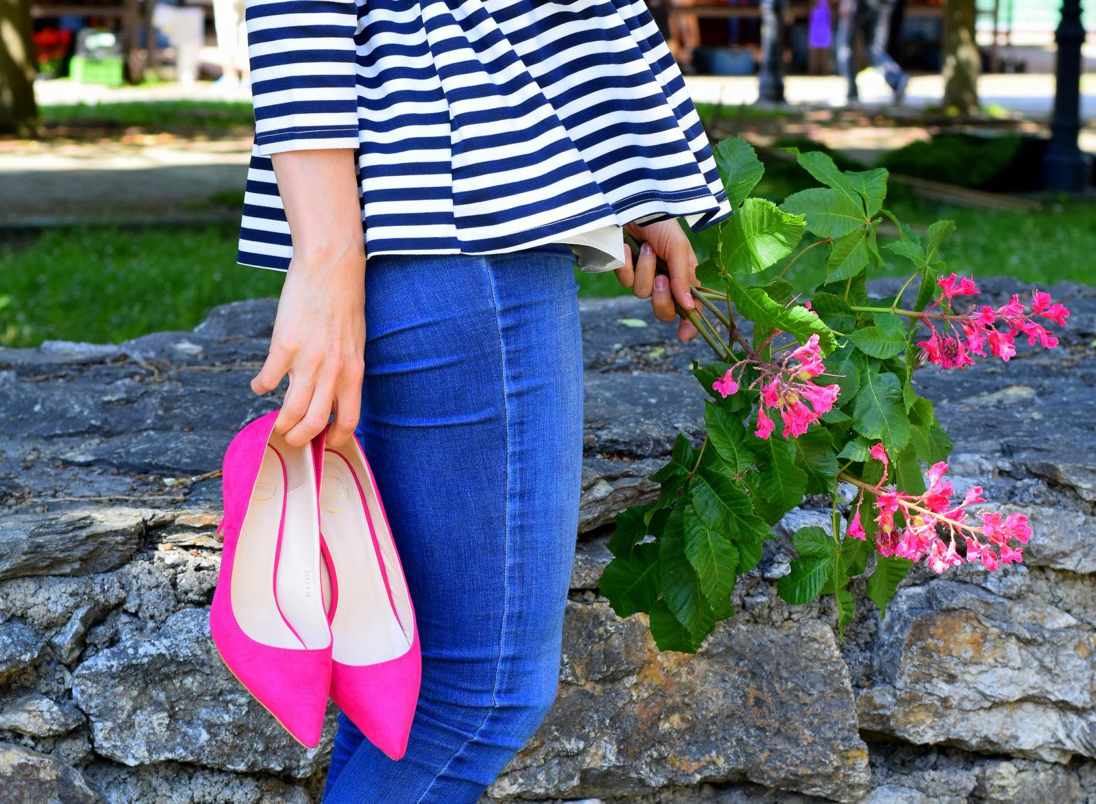 fuchsiové lodicky // oživte outfit farebnými topánkami