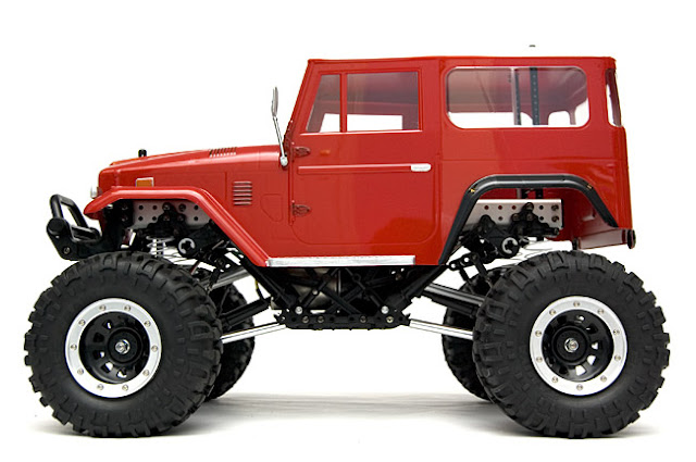 Tamiya Toyota Land Cruiser CR-01 kit pictures