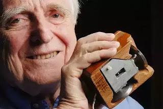 Dlouglas Engelbart