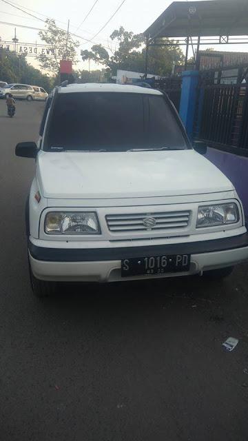 Suzuki Vitara tahun 1993
