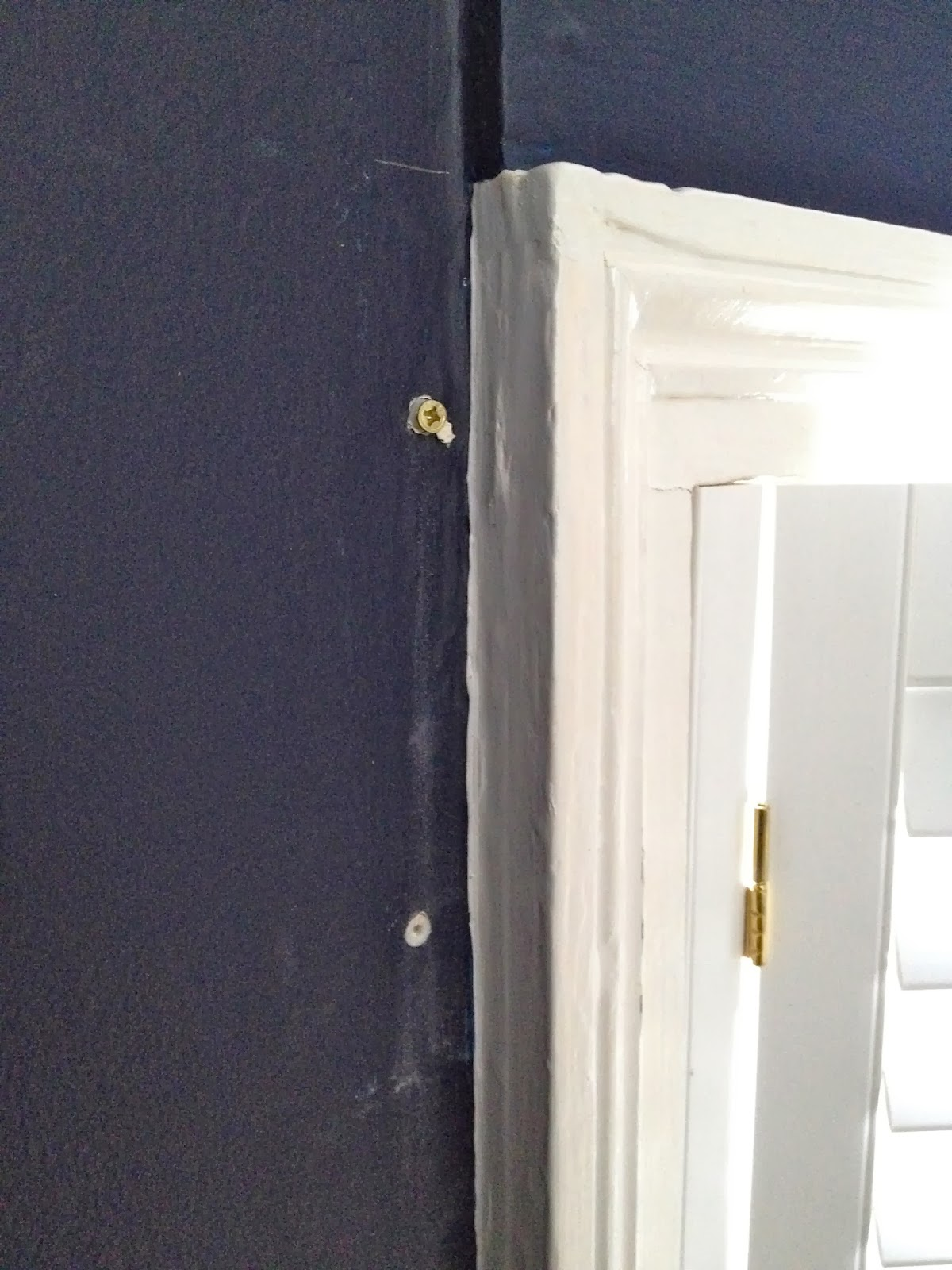 how to install shelf support brackets