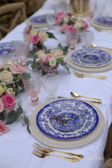 Blue and white romantic table setting