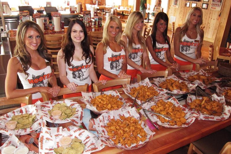 Restaurante Hooters Em Miami E Orlando