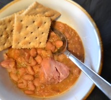 serving of crock pot pinto beans