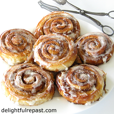 Croissant Cinnamon Rolls - (flaky, sticky rolls - perfect with a cup of tea) / www.delightfulrepast.com