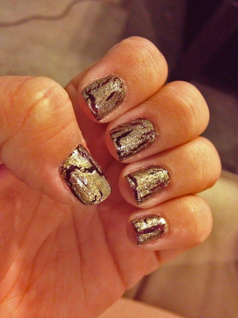 Gold Shatter Nails - Lipstick & Brunch