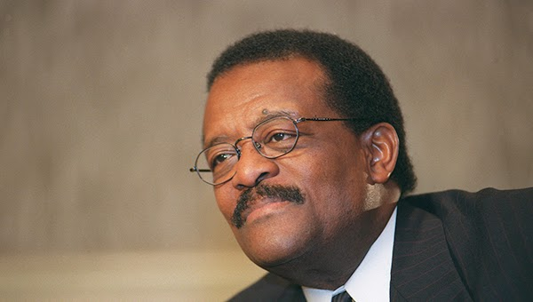 johnnie cochran,lawyer, biography,bio, picture, OJ Simpson, trial, case
