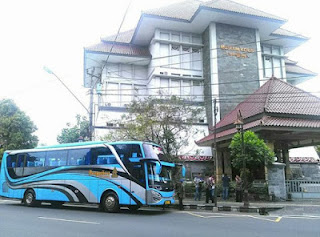 Bus Pariwisata Semarang Tujuan Solo