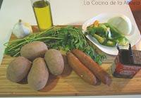 Patatas con chorizo. Receta casera.