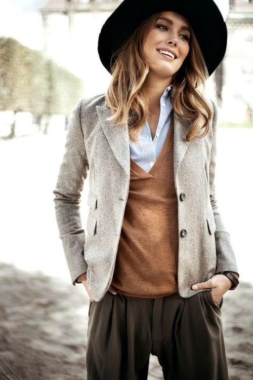 Why Your Wardrobe Needs Earthy Colour Tones