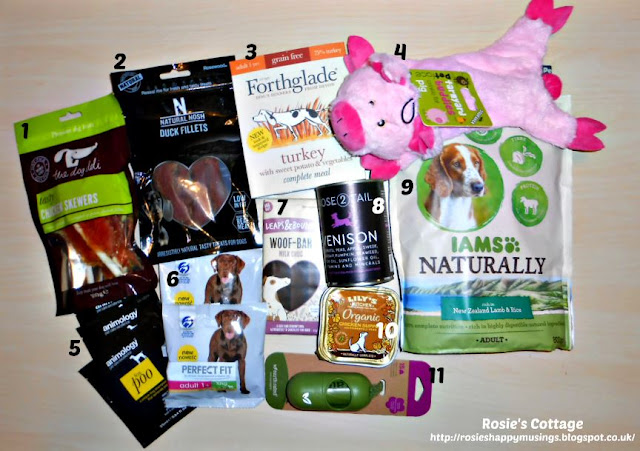 Amazon Pet Supplies Sample Box: A fabulous box of products for dogs. Contents details...