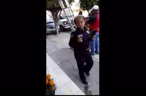 Policías se llevan a trabajador de Dish mientras la delincuencia hace lo que quiere