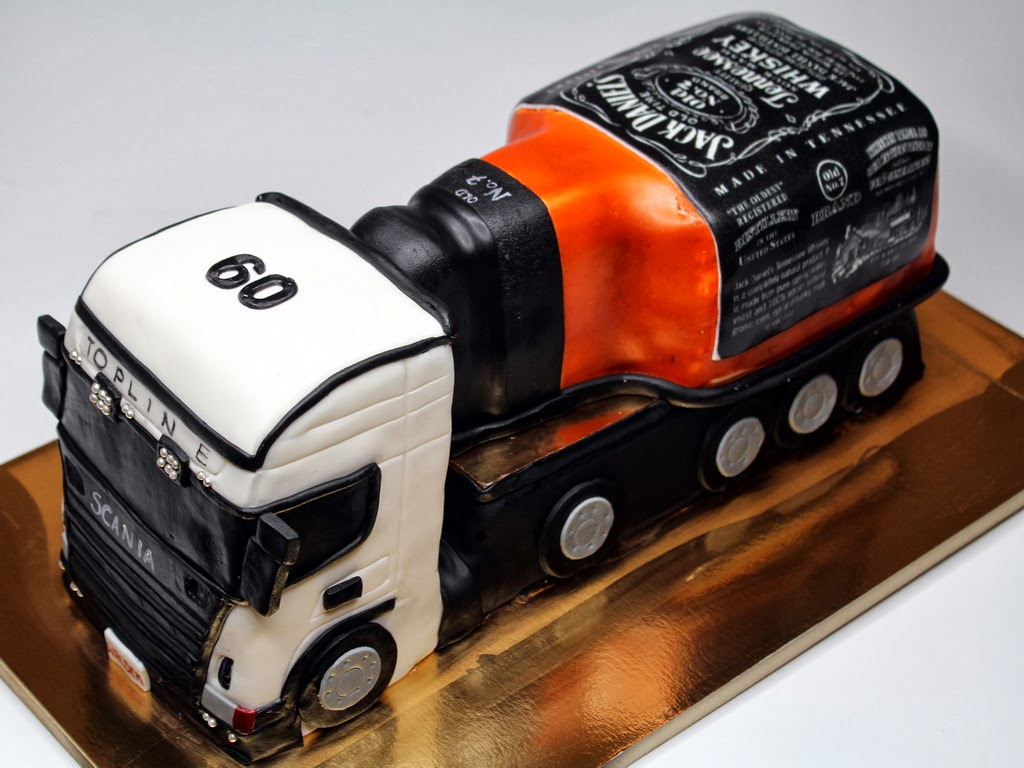 Jack Daniels Birthday Cake Alcohol Bottle Birthday Cake Birthday