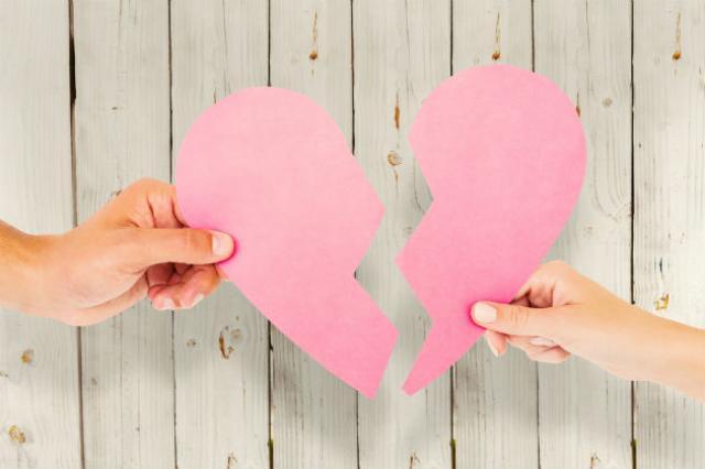 10+1 σημάδια ότι η σχέση σας τελειώνει