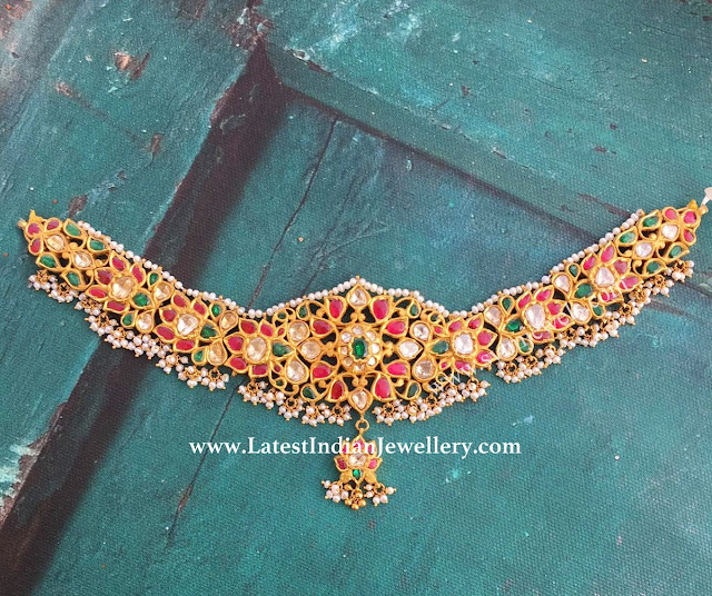 Alluring Kundan Gold Necklace