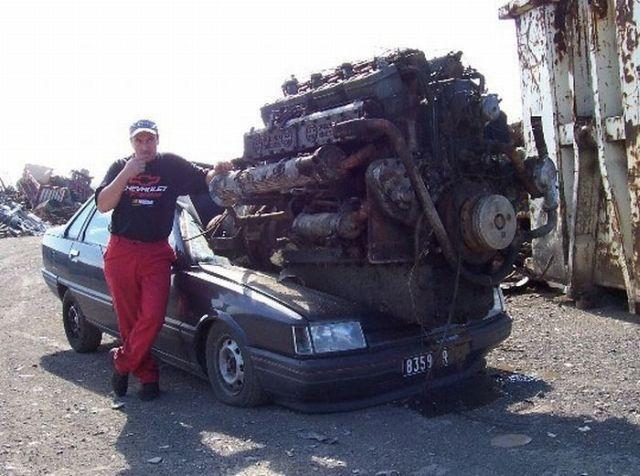 ZestInfo: WORLD biggest engine car