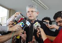 Ricardo Coutinho reúne todos os prefeitos eleitos da PB para discutir parcerias entre estados e municípios