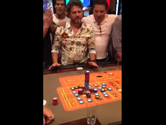 Apostó todo al 32, ganó e hizo estallar el casino