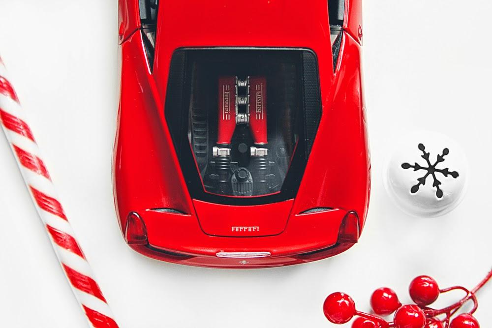 1/18 Hot Wheels Ferrari 458 Italia