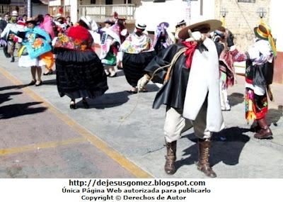 Foto de la Tunantada en el distrito de Santa Cruz de Andamarca en Huaral. Foto de la Tunantada de Jesus Gómez