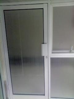 Pintu Swing