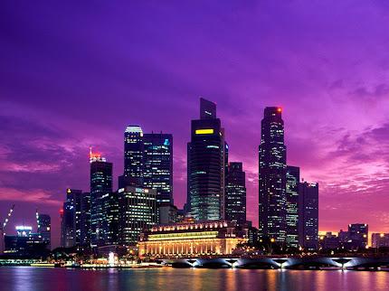 FotoFoto Pemandangan Kota Singapura di Malam Hari