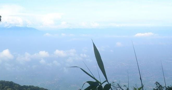Mau Melihat Keindahan Alam Kunjungi Tangga Seribu Gunung Manglayang