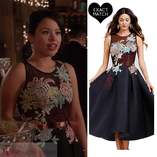 Cierra Ramirez As Mariana In Floral Embroidered Sleeveless