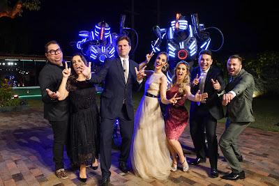 Elenco do Fábrica de Casamentos na primeira festa da temporada - Crédito: Victor Silva/SBT
