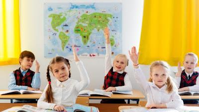 У школі повісили оголошення для батьків. Тепер його обговорює весь світ!