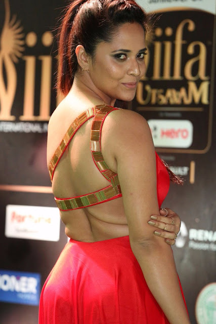 Anasuya Stunning at IIFA Utsavam Awards 2017 Day 2  Photos