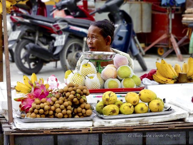 Venta de Fruta en Hoi An, por El Guisante Verde Project