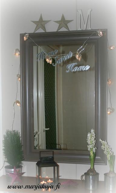 eteisen peili joulukoristeet