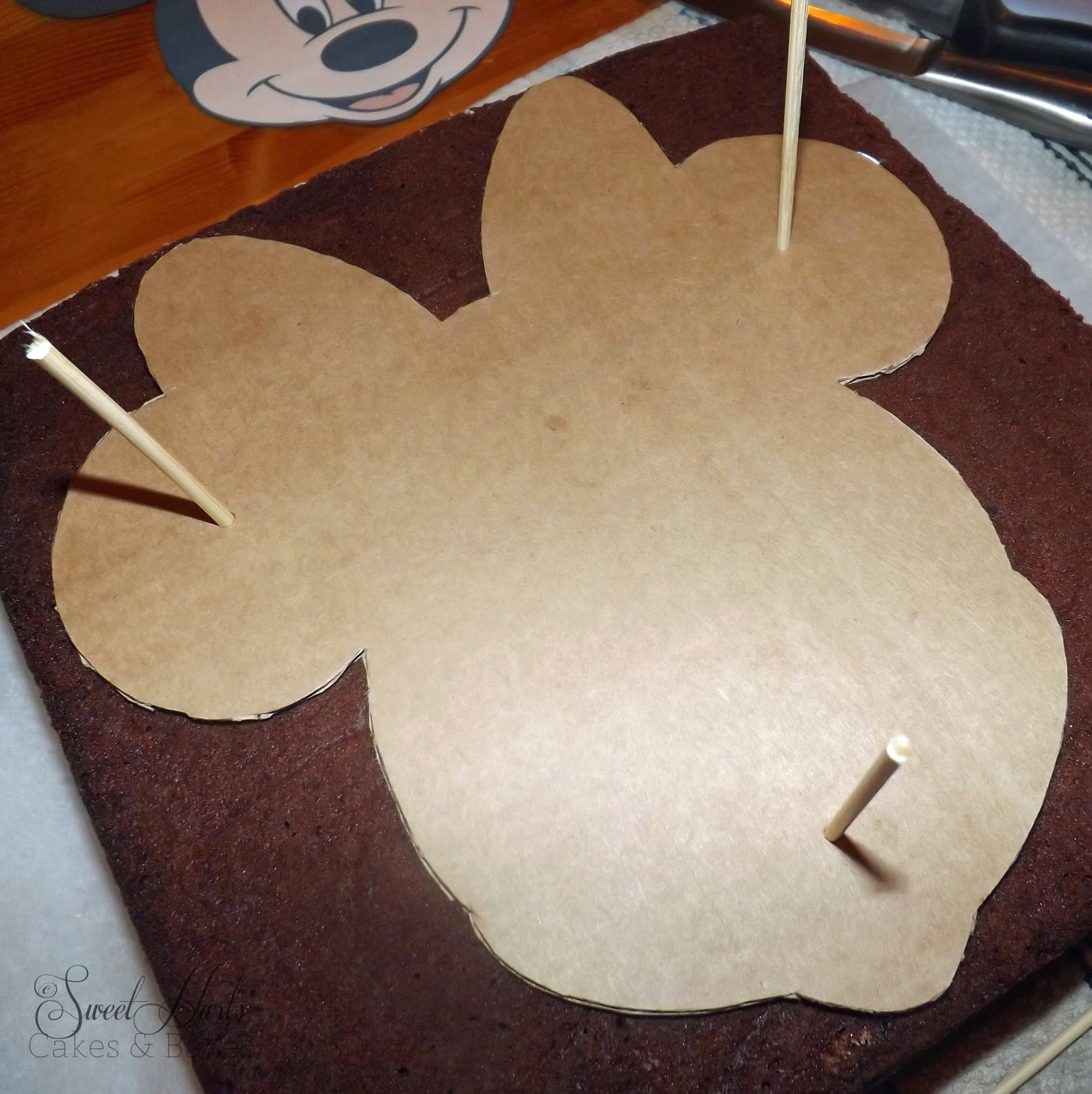 Minnie mouse face template cake auto design tech for Minnie mouse cake template free