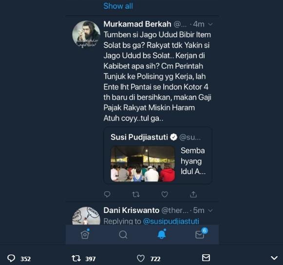 "Heboh! Menteri Susi Doakan Netizen yang Ngetwit ""Tumben Si Jago Udud Bisa Salat"""