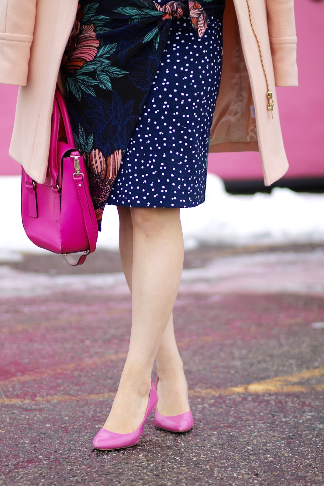 kate spade purse, outfit ideas, valentines day, heart sweater, j crew cocoon coat, pale ginger