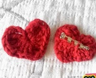 http://www.walaly.com/como-hacer-broche-corazon-ganchillo/
