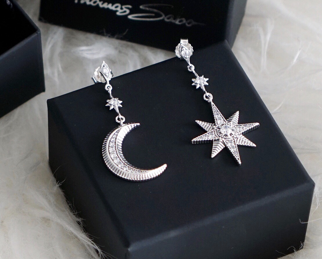 79f7e7a4b Beautifully crafted, the Kingdom of Dreams collection is a real eye catcher  with a mix of 925 sterling silver and 18k gold plated pieces.