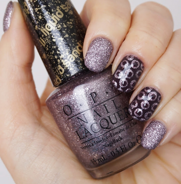 Glitter-Dot-Nails mit OPI