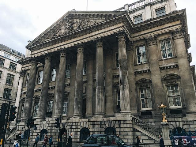 マンションハウス(Mansion House)