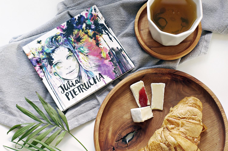 Inspiracje miesiąca na any-blog.pl. Co mnie inspiruje i motywuje. Płyta Parsley Julia Pietrucha, dlaczego warto jej posłuchać