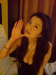 gwendolyn wan sexy selfie pics 04