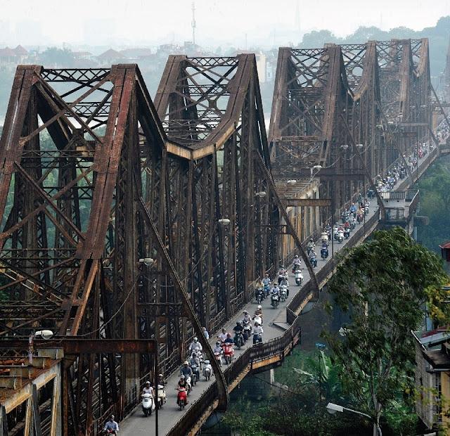 Historical ups and downs of Long Bien Bridge 3