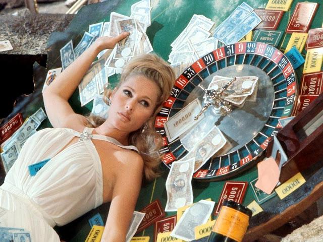 Casino Royale 1967 movieloversreviews.filminspector.com Ursula Andress