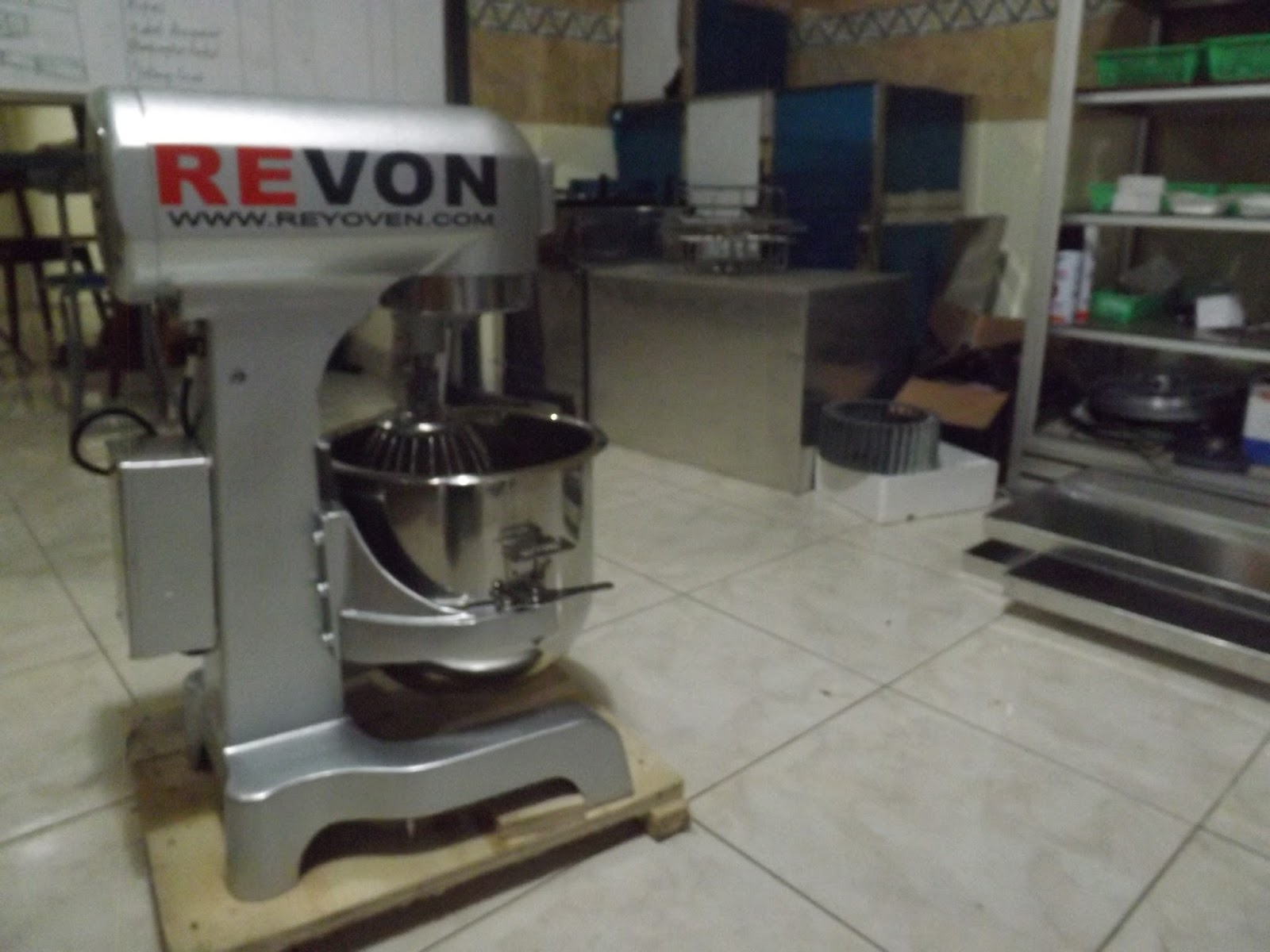 Jual mixer roti planetary kapasitas 3kg oven gas no 1 di for Daftar harga kitchen set stainless steel