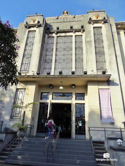 Vista da fachada do Museu de Zoologia da Universidade de São Paulo - Ipiranga - São Paulo