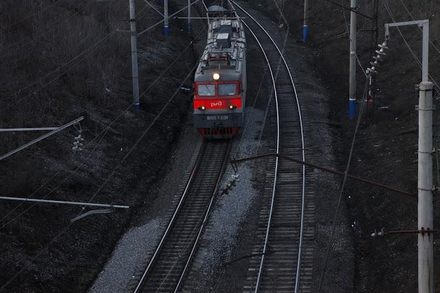 В Башкирии под поезд попала женщина