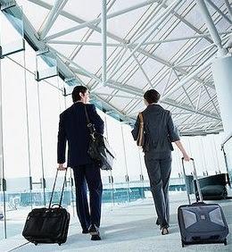 Tips Menunggu Pesawat di Bandara - Jalan2 berkeliling