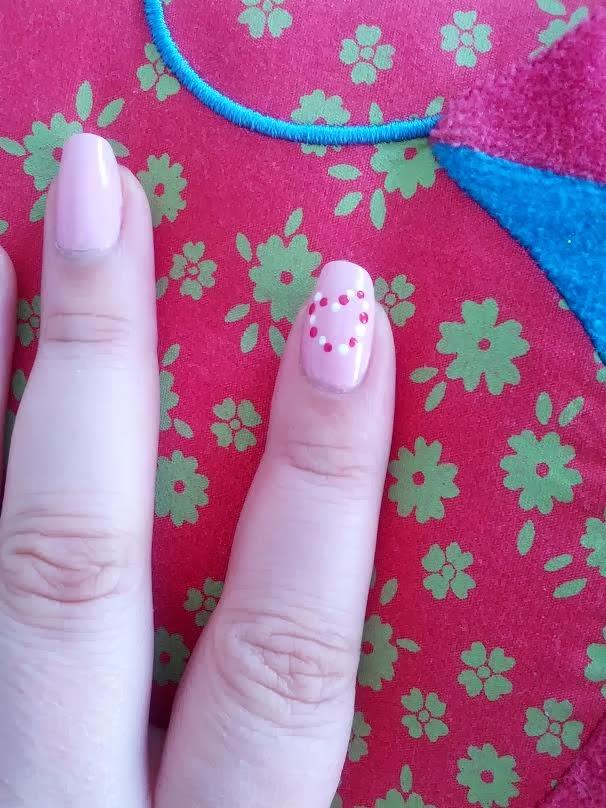 Nail art St Valentin ( Rose Pink Bourjois)