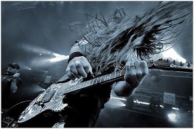 seorang gitaris